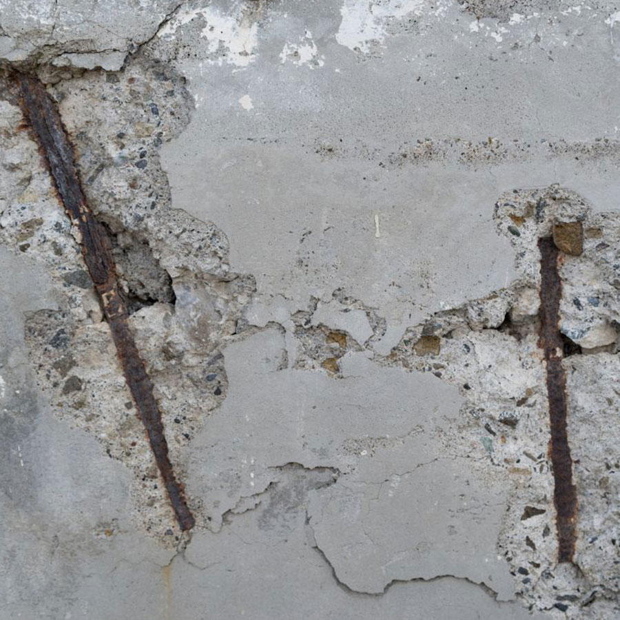 基礎コンクリートは水分や炭酸ガスに弱い